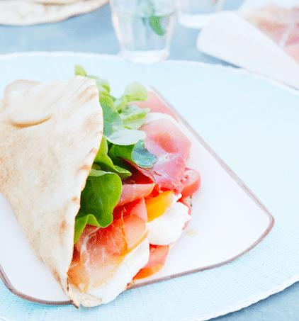 piadina sandwich italien, recette piadina, prosciutto, jambon italien, parme, speck, idées recettes été, charcuterie italienne