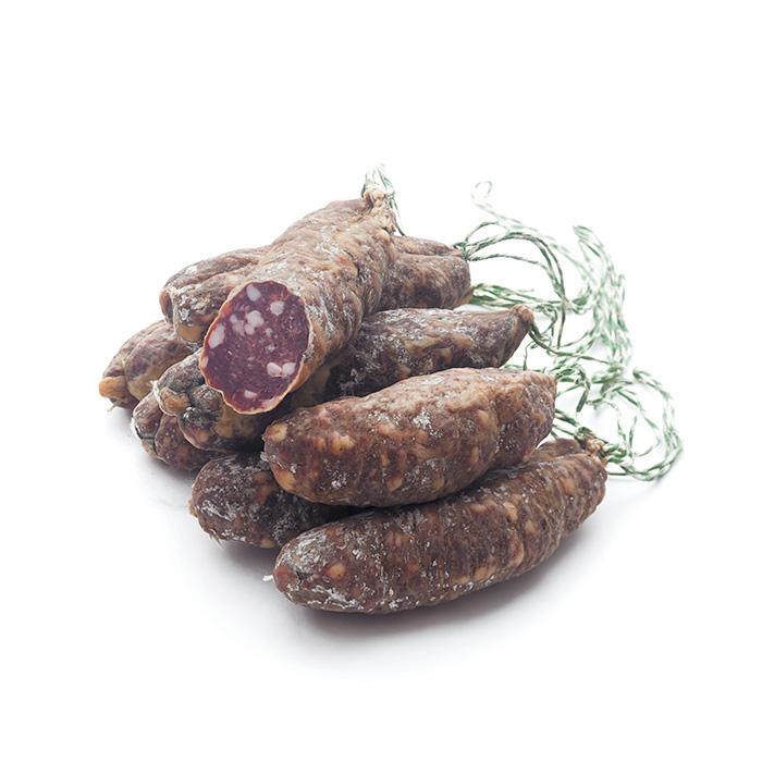 Deux saucissons secs artisanaux de l'Aveyron
